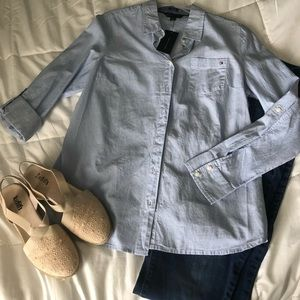 Button down Tommy Hilfiger shirt